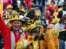 Kaizer Chiefs fans celebrate in Pretoria on July 22, 2006