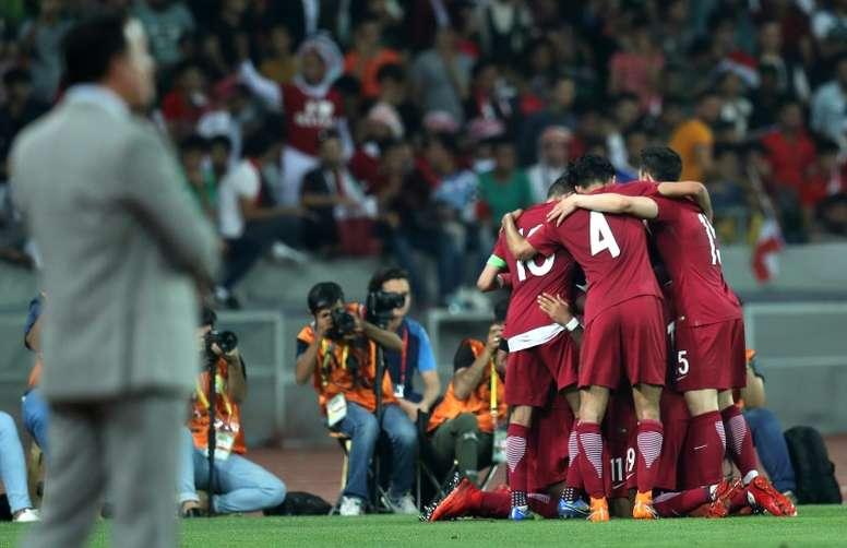 Catar quiere hacer algo más que un papel digno en su Mundial. AFP/Archivo
