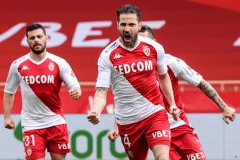 Fàbregas no juega Champions desde 2018. AFP