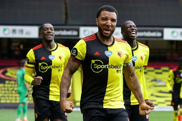 Watford will reinforce the defence for free. AFP