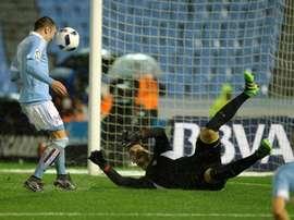Celta Vigos forward Iago Aspas scores a goal during the Spanish Copa del Rey semi-final second leg football match against Celta Vigo on February 11, 2016