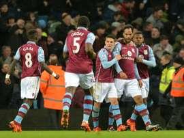 El Aston Villa quiere incorporar en el mercado invernal a Beram Kayal. EFE
