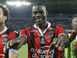 Nices forward Mario Balotelli (C) celebrates his teams victory on September 11, 2016