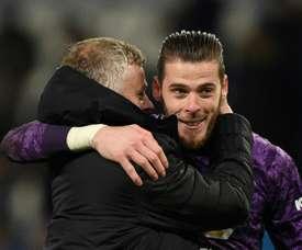 De Gea supera marca de pai do goleiro do Leicester. AFP