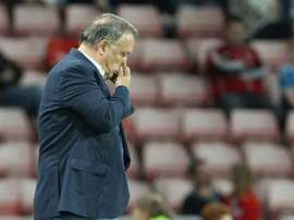 Sunderlands Dutch manager Dick Advocaat gestures during an English League Cup second round football match at the Stadium of Light in Sunderland, England on August 25, 2015