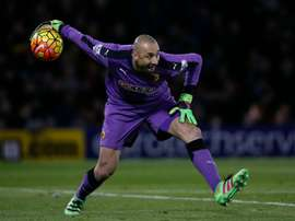 Watford goalkeeper Heurelho Gomes will put pen to paper on a new and improved contract. BeSoccer