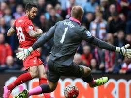 El delantero buscará protagonismo fuera de Anfield. AFP