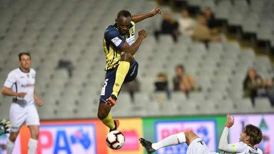 Mariners say Bolt not A-League grade as deal talks stall