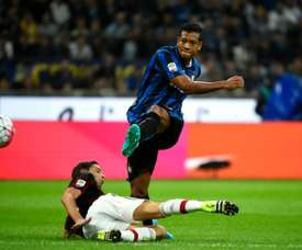 Inter Milans Colombian international Fredy Guarin has signed for Shanghai Greenland Shenhua