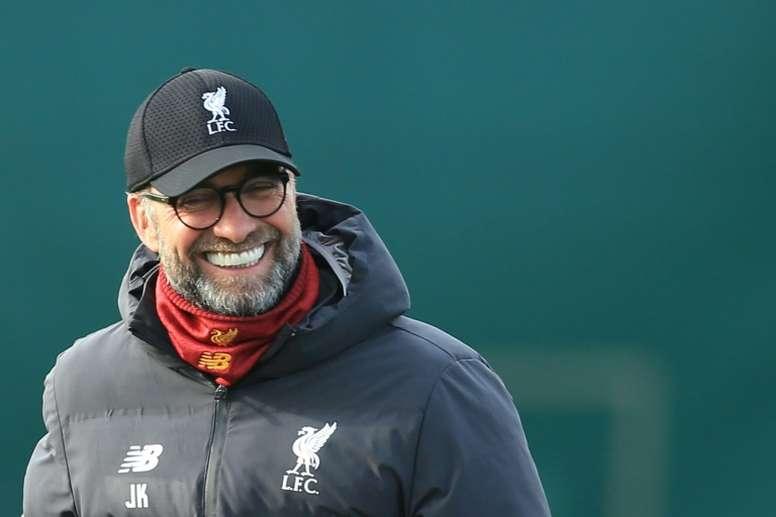 Treinador do Liverpool, Jurgen Klopp apoia a volta do futebol sem torcida. AFP