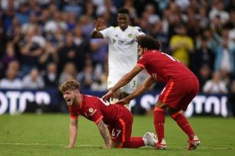 El Liverpool gana los puntos, pero pierde a Elliott. AFP
