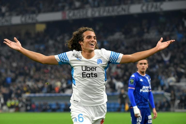 Marseille bat Lorient et remonte sur le podium