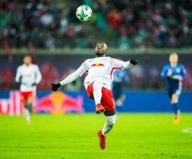 Leipzig empata em casa do penúltimo e atrasa-se na luta para o título. EFE