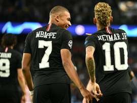 O auge de Mbappé e a queda de Neymar. AFP