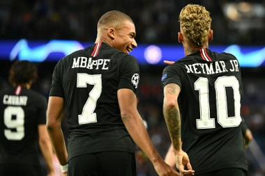 Mbappé elogia a Neymar. AFP/Archivo