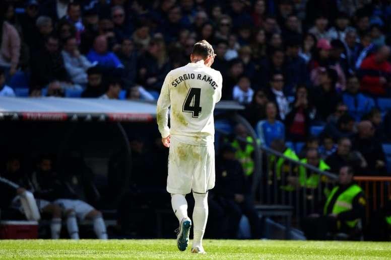 El Madrid liberará a Sergio Ramos si trae una buena oferta. AFP