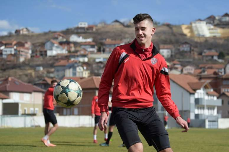 Serb teenager selected by Kosovo targeted by abuse