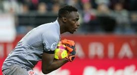Mendy asegura que la competencia en el Chelsea entre porteros es sana. AFP