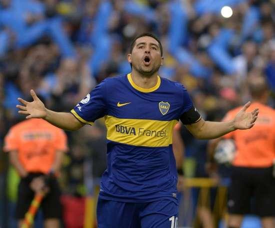 Riquelme le puso un 'pero' a Gallardo... y Alario le respondió. AFP