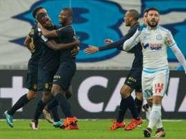 Los jugadores del Monaco celebran un gol con Toure. Twitter