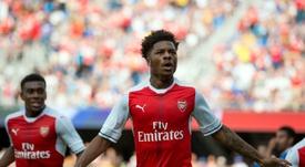 El jugador del Arsenal podría marcharse al Championship. AFP