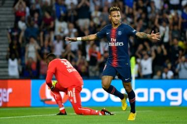 Neymar, muito longe do seu melhor futebol. AFP