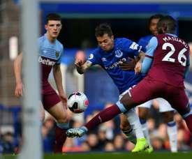Bernard vive sua terceira temporada no Everton. AFP