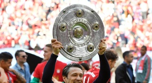 The double saves Kovac, who will stay at Bayern. AFP