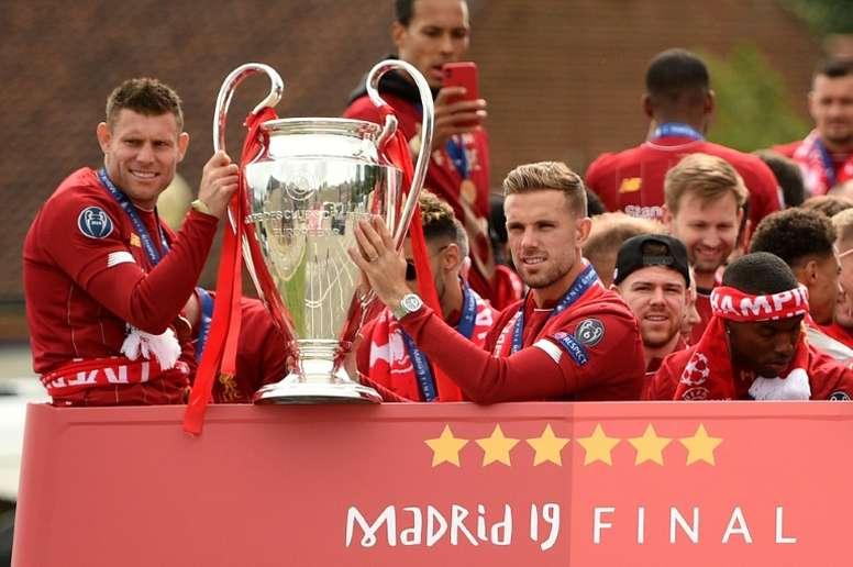 El Liverpool y el vértigo de otros campeones que cayeron de la cima. AFP