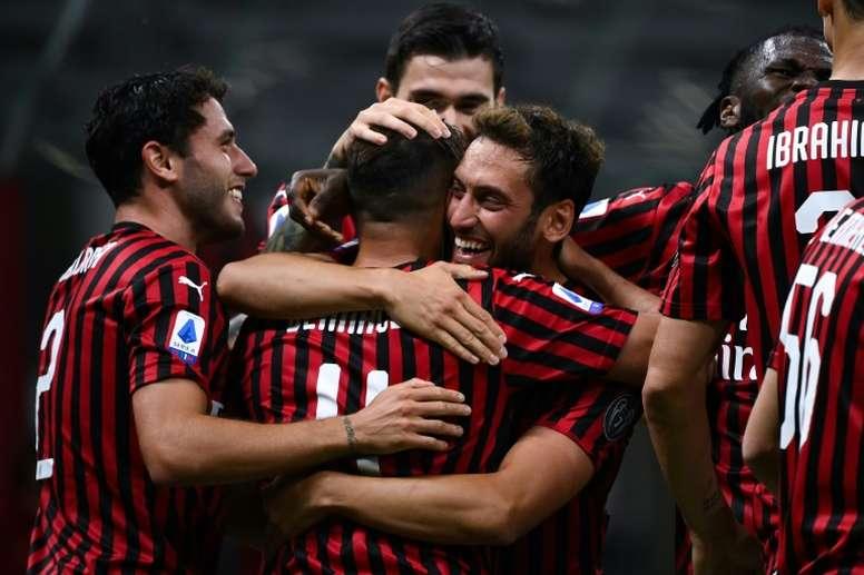 El Milan mira al mercado. AFP