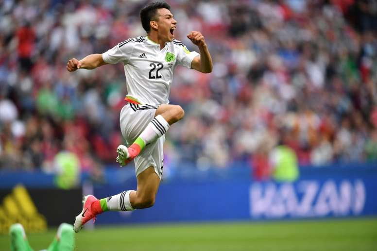 Hirving Lozano ha despertado el interés del Manchester City. AFP