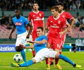 Arkadiusz Milik vies with Benfica defender Victor Nilsson-Lindelof. AFP
