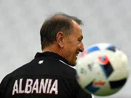 El seleccionador de Albania no tiene del todo clara la convocatoria. AFP