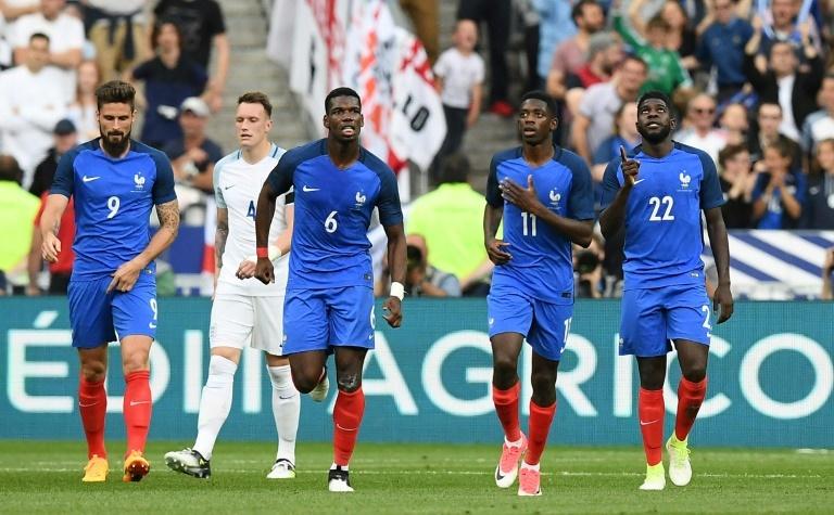 La réaction de Deschamps au report de l'Euro — France