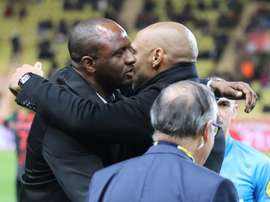 Henry y Vieira, amigos y rivales. AFP