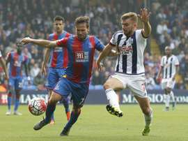West Bromwich Albions English-born Scottish midfielder James Morrison (R) vies with Crystal Palaces French midfielder Yohan Cabaye during the English Premier League football match between Crystal Palace and West Bromwich Albion