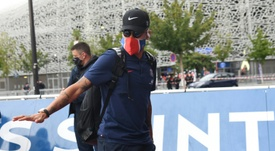 Neymar and the Paris Saint-Germain squad were greeted by club officials and family. AFP