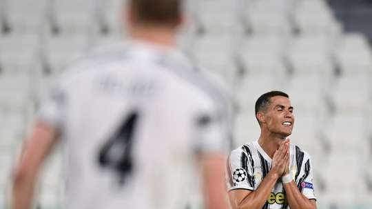 Mendes and PSG will meet in Lisbon to talk about Cristiano Ronaldo. AFP