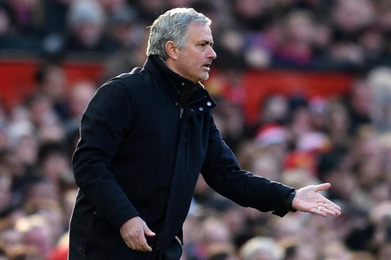 Mourinho règle ses comptes avec De Boer