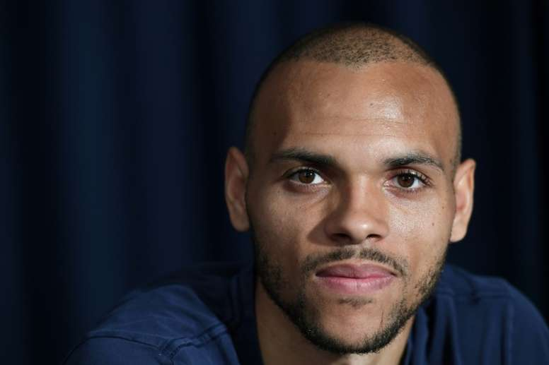 Braithwaite's wife didn't know he was going to Barca. AFP