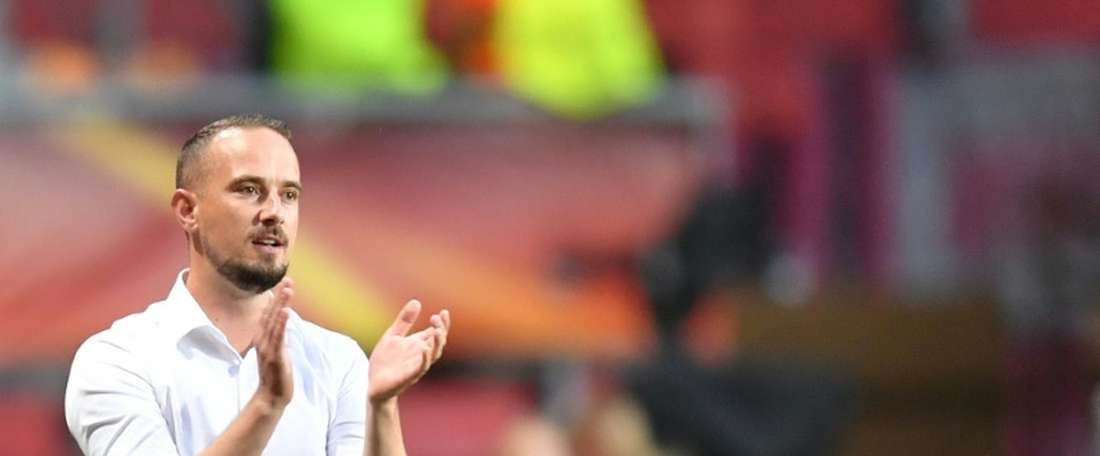 Mark Sampson fue acusado de racismo mientras dirigía a la Selección Femenina Inglesa. AFP/Archivo