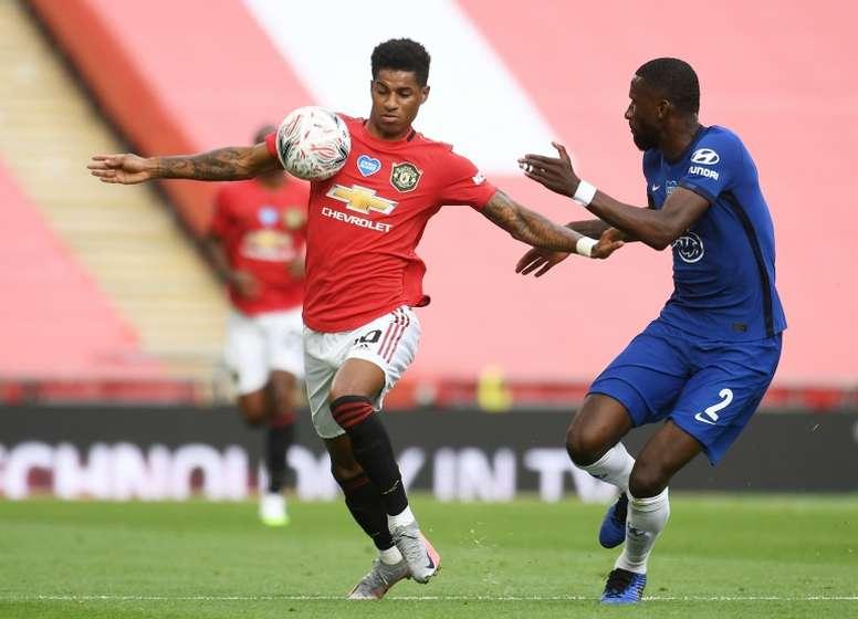 Prováveis escalações de Manchester United e Chelsea. AFP