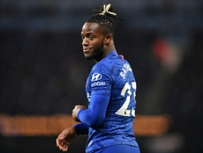 Michy Batshuayi seeks central role for Chelsea