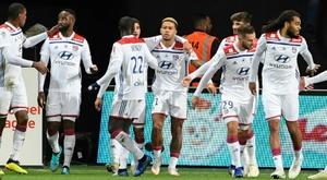 El Lyon venció 2-4 al Guingamp. AFP