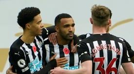 El Newcastle jugó con tres bajas por coronavirus ante el Crystal Palace. AFP