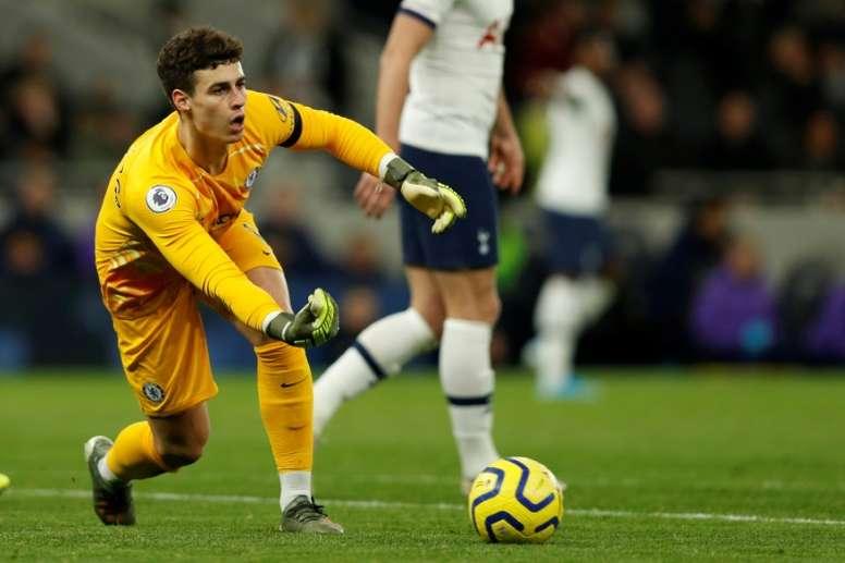 Lampard defendió a Kepa tras el gol de Trossard. AFP