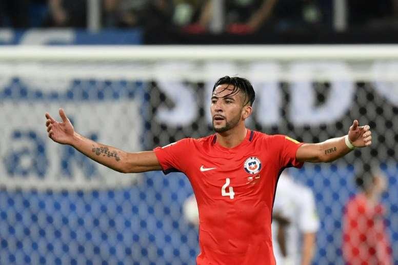 El Valladolid se suma al interés por Isla. AFP