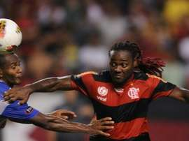 The goal by Wagner Love (right) for Corinthians at Vasco earned them a 1-1 draw at Vasco de Gama