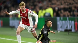 Frenkie de Jong amenazó al Barcelona. AFP/Archivo