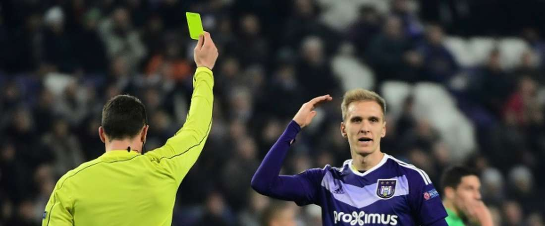 Anderlecht top scorer Lukasz Teodorczyk doubt for Manchester United clash